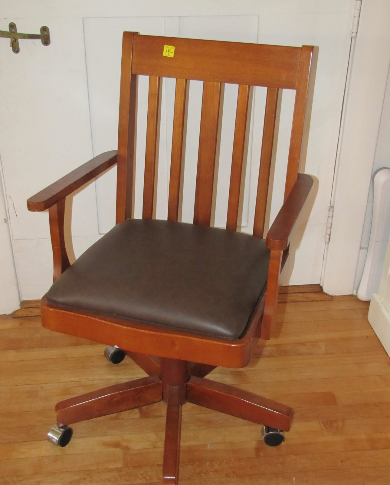 Homemade Beauties By Heidi Old Outdated Desk Chair to Pottery