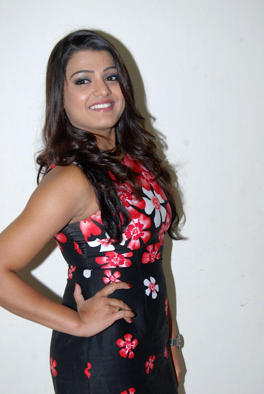 New Cine World Tashu Kaushik Hot Pics