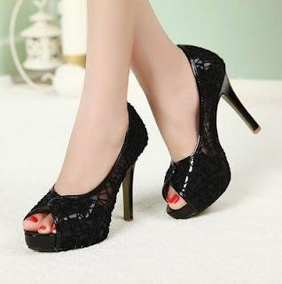 Sepatu Hak Tinggi Ala Artis Korea