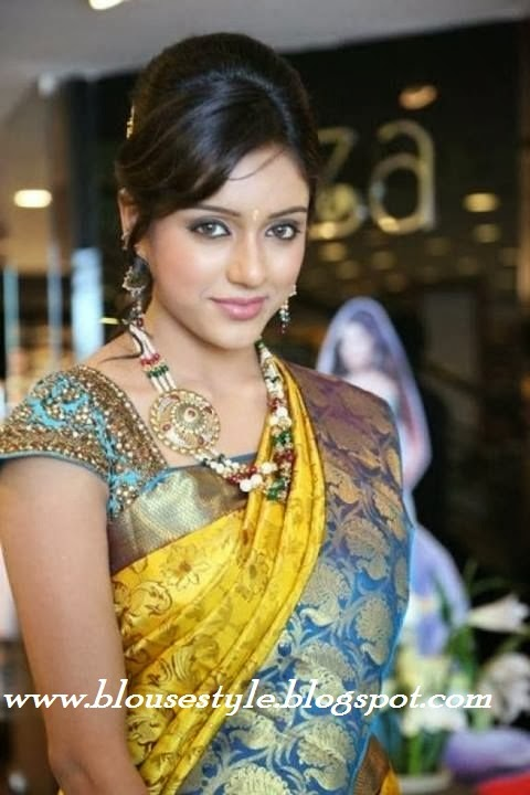 south indian actress in Yellow with blue silk saree