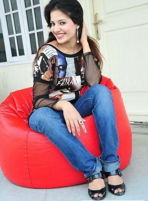 saloni aswani glamour  images