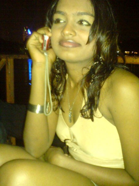 Sri Lankan sexy homemade girls pictures