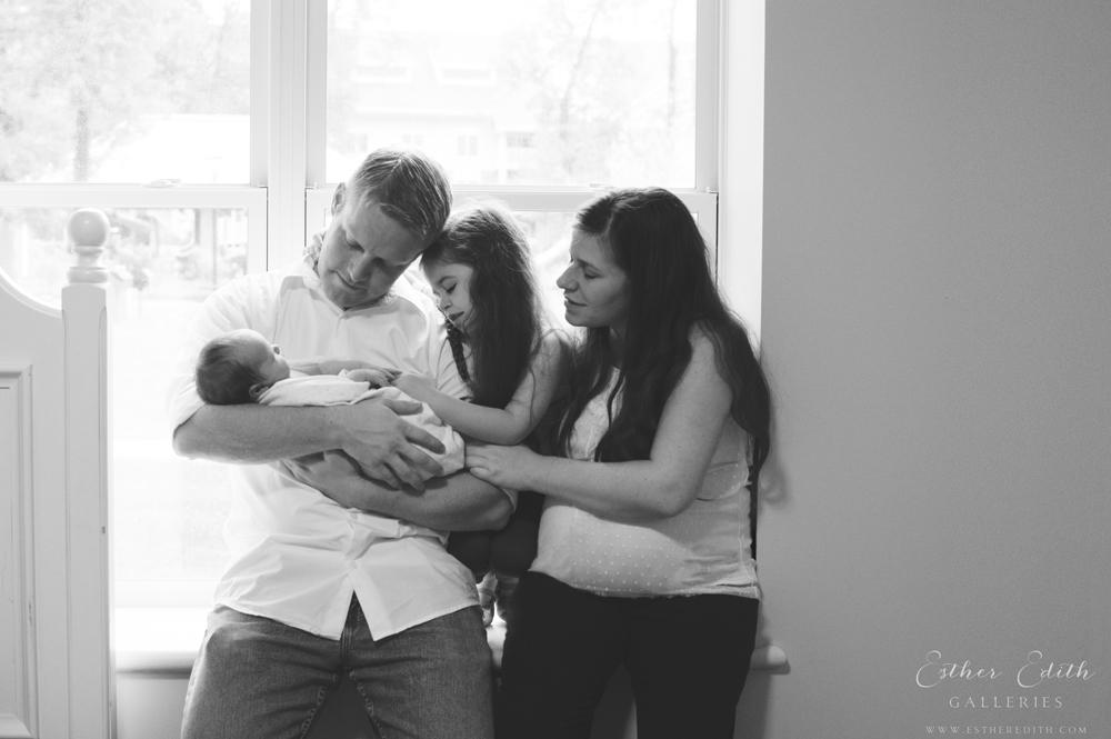 Newborn Lifestyle Photography, Maternity Photos, Birth Photographers