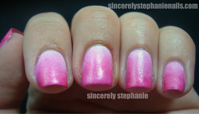 sally-hansen-white-on-hot-magenta-gradient-nail-art