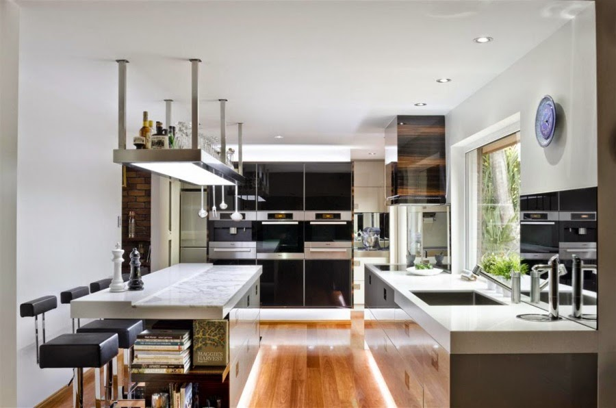 Kitchens With Natural Wood Cabinets