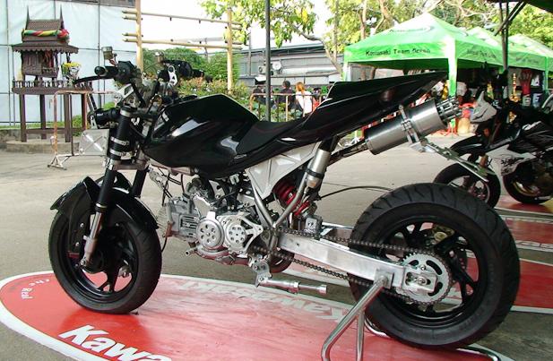 Kawasaki KSR fersi Thailand_1.jpg