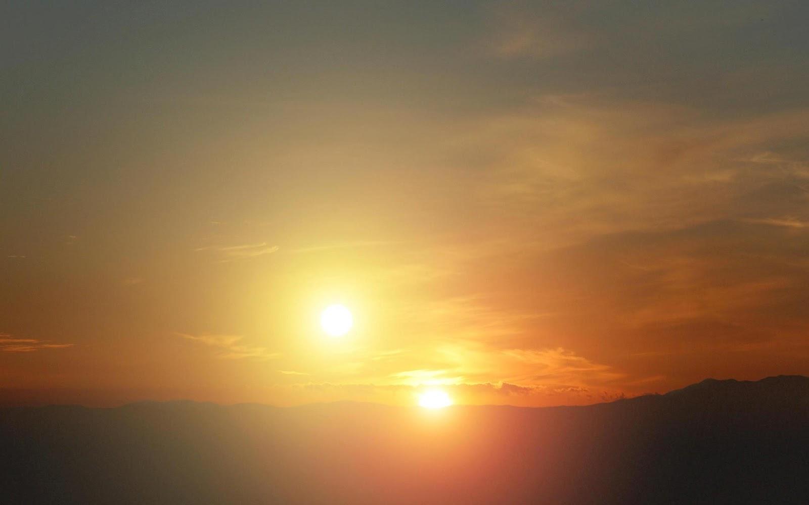 http://1.bp.blogspot.com/-f5OQFQYYuwU/UCY1mMRs02I/AAAAAAAAMW0/Ys6w-IT0Ays/s1600/alien-sunset-concept.jpg