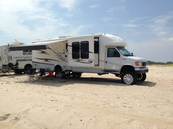 used rvs custom 4wd gulfstream motorhome for sale for sale by owner. Black Bedroom Furniture Sets. Home Design Ideas