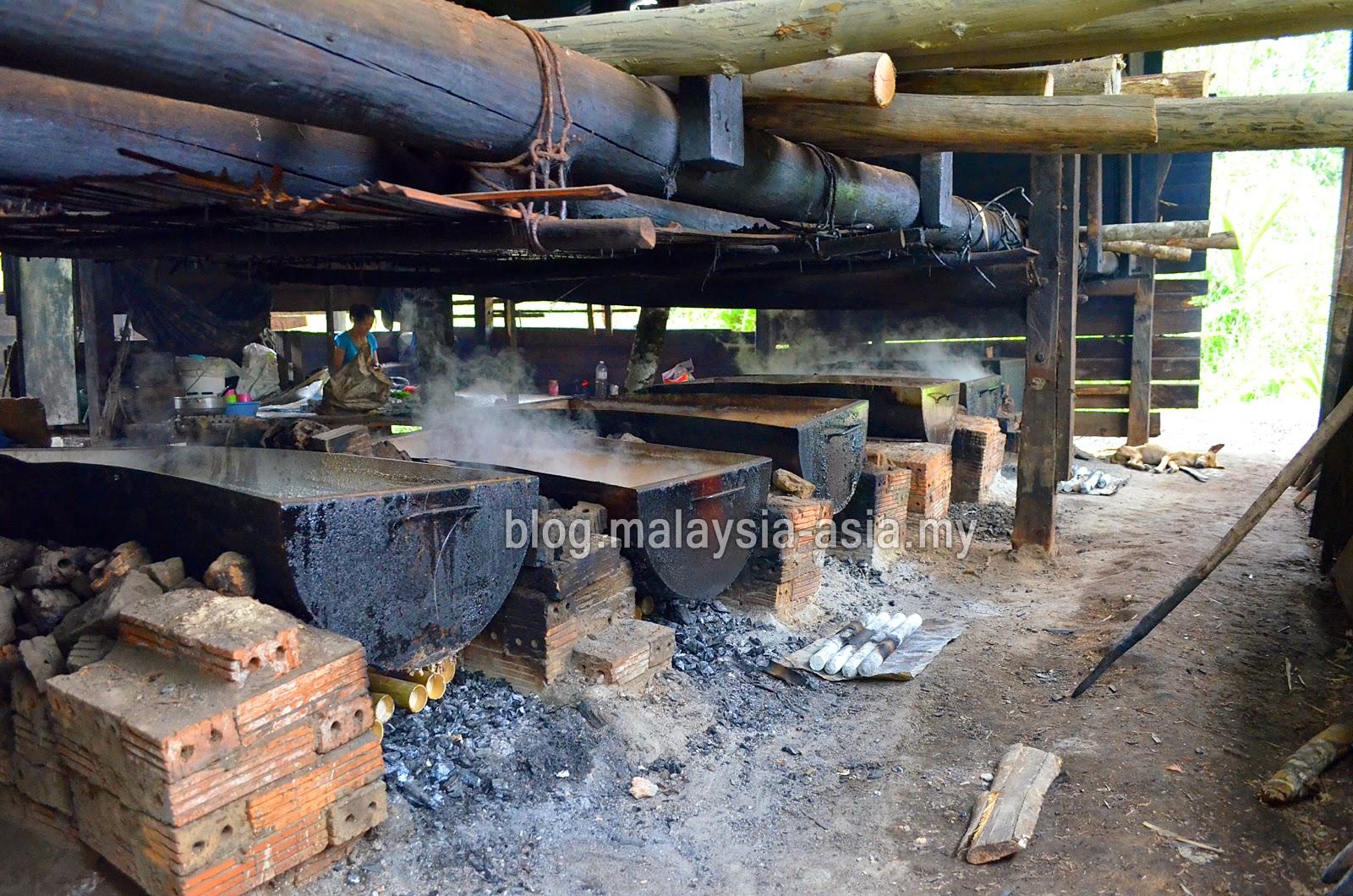 Salt Factory in Bario