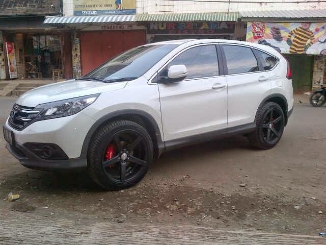 Modifikasi Mobil Honda CRV Terbaru DUB