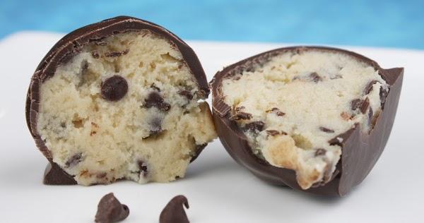 ... Chocolate Recipes: Easy Raw Recipes - Coconut Cookie Dough Truffles