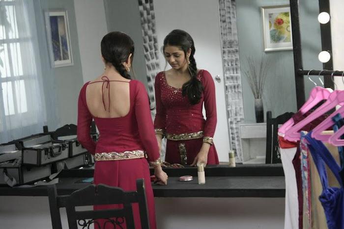 10.Geet –Hui Sabse Parayi ( Printre Straini) - Pagina 37 Drashti-Dhami-Geet-Actress-Pics-Photos-6