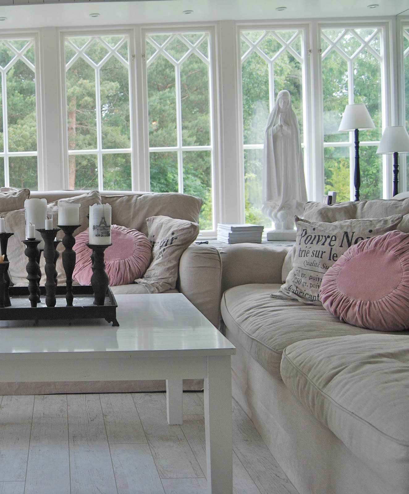 Huset sjöljus: Älskade fönster!
