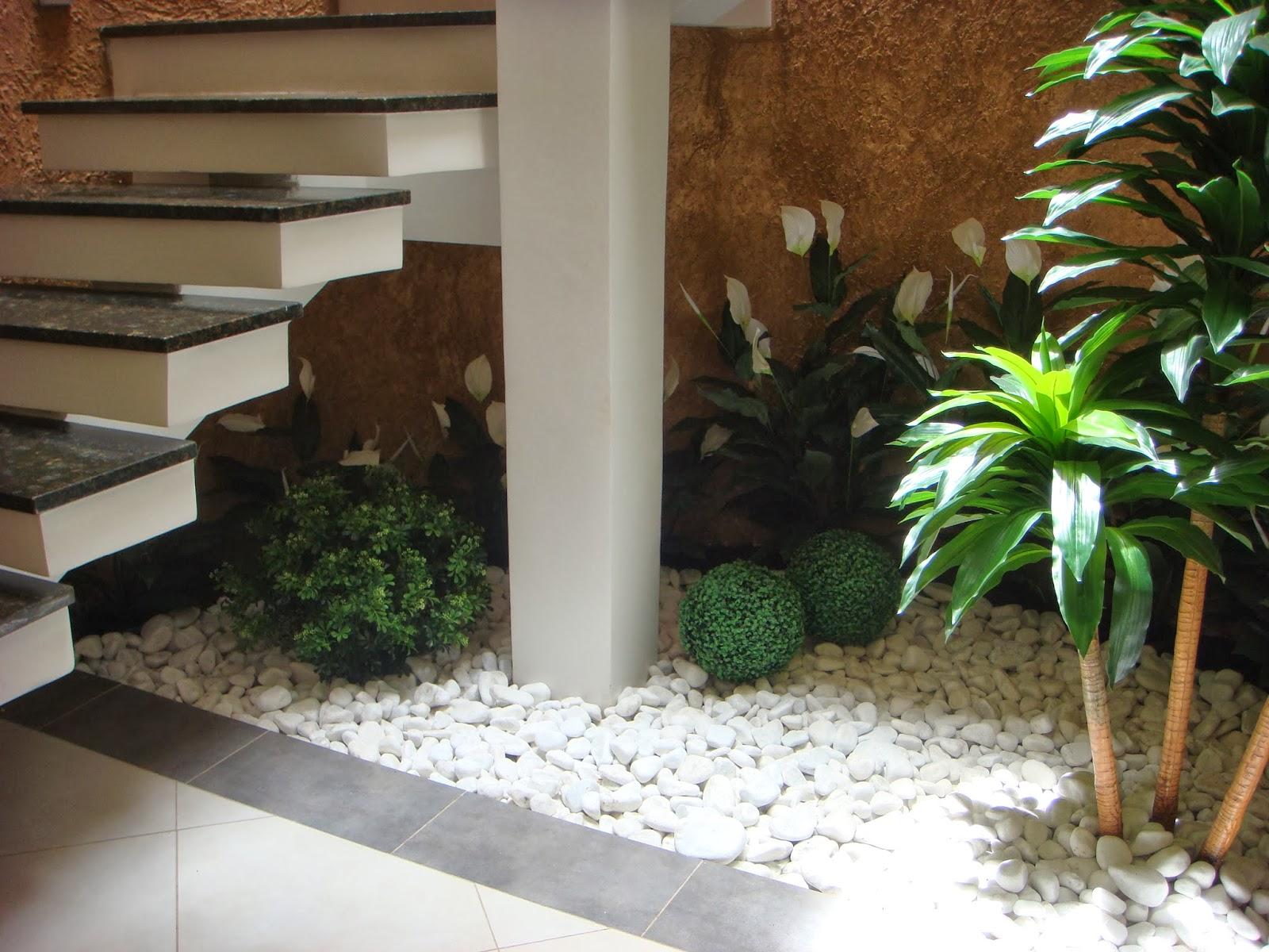 Casa das Flores: JARDIM DE INVERNO COM PLANTAS DUR?VEIS