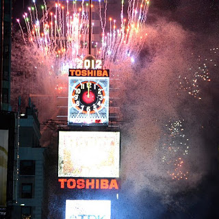 New Year 2012 Eve Celebrations in the Times Square, New York, Ball dropping ceremony (fireworks) -Travel Europe Guide