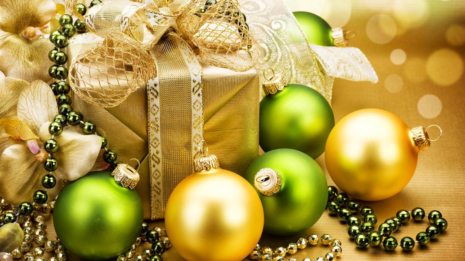 Fondo De Pantalla Navidad Regalo Con Bolas Verdes Y Amarillas