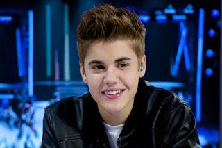 justin bieber smile 2013