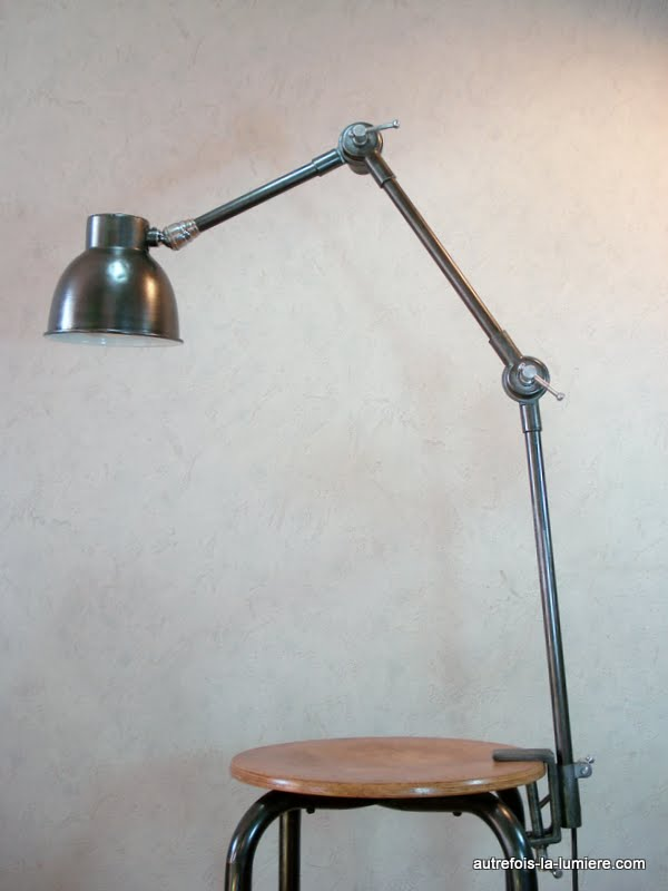 Lampe industrielle de table articul e - Lampe industrielle d occasion ...