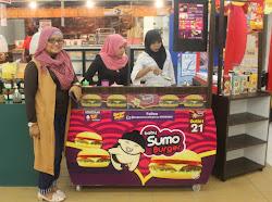 Aswina Fitri, Jadikan Burger Sumo Kuliner Kelas Atas