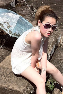 Mikie Jung Khmer Sexy girl with beautiful legs 7