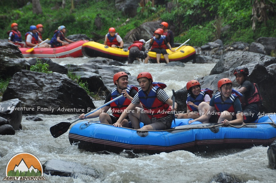 VIDEO RAFTING CIPUNAGARA SUBANG