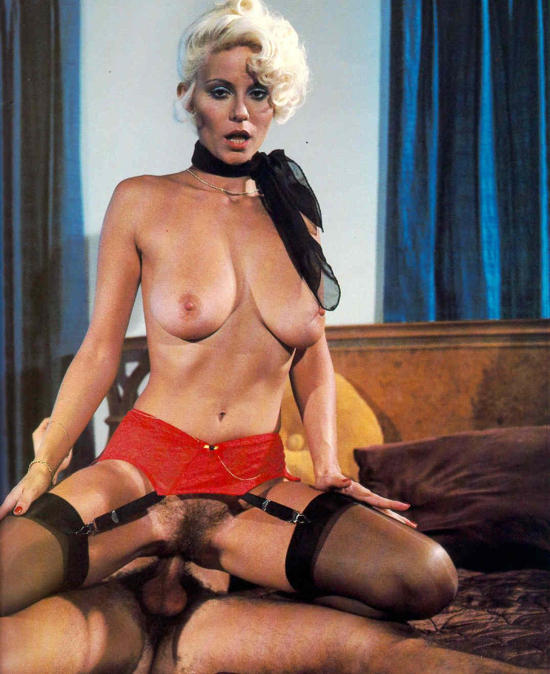 Estrellas del porno desnudas en videos de sexo Pornhub