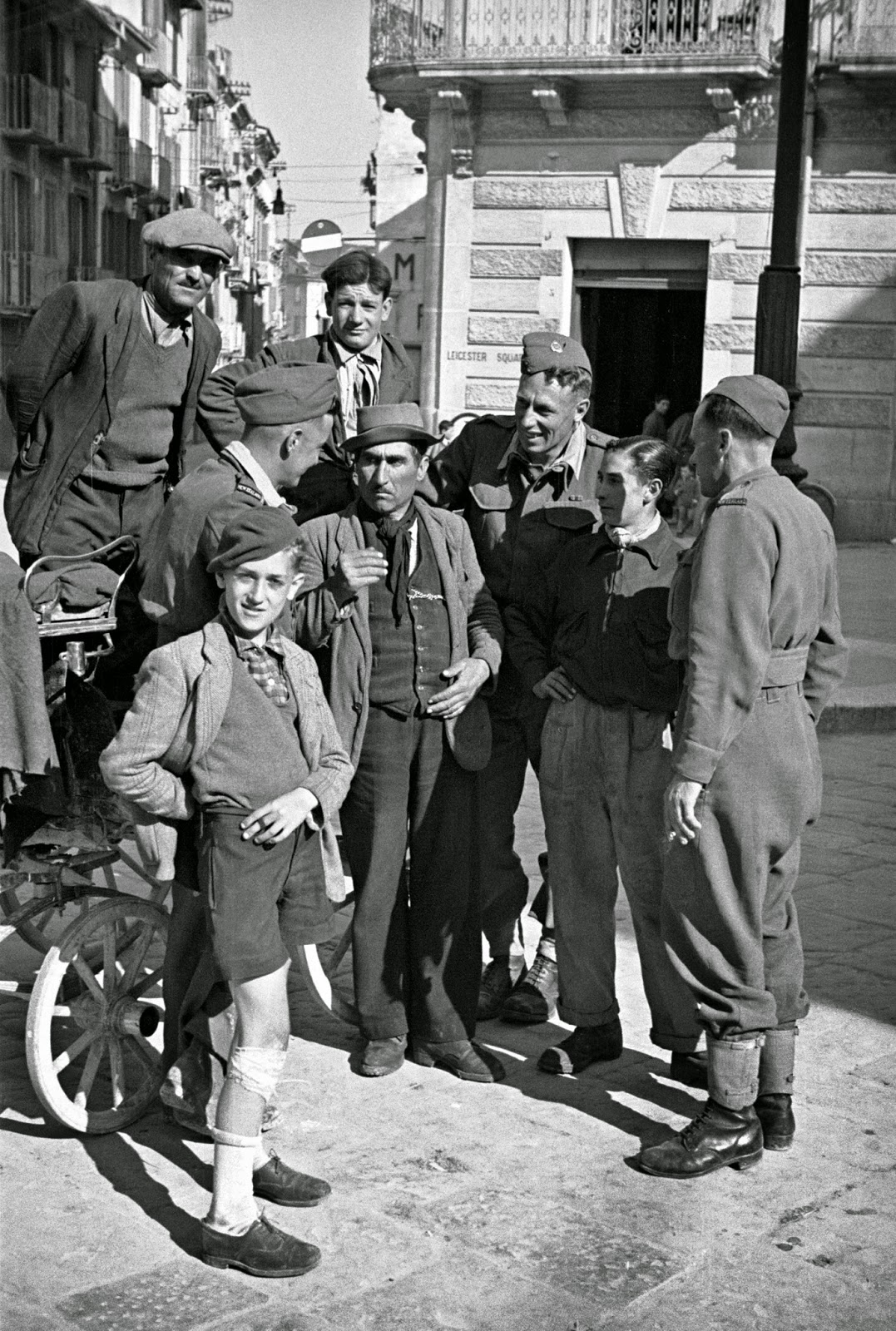 campobasso single girls New zealand troops on leave meet a gharri driver for sightseeing in campobasso, italy, 3 may 1944 women of campobasso, italy, still use the old roman.