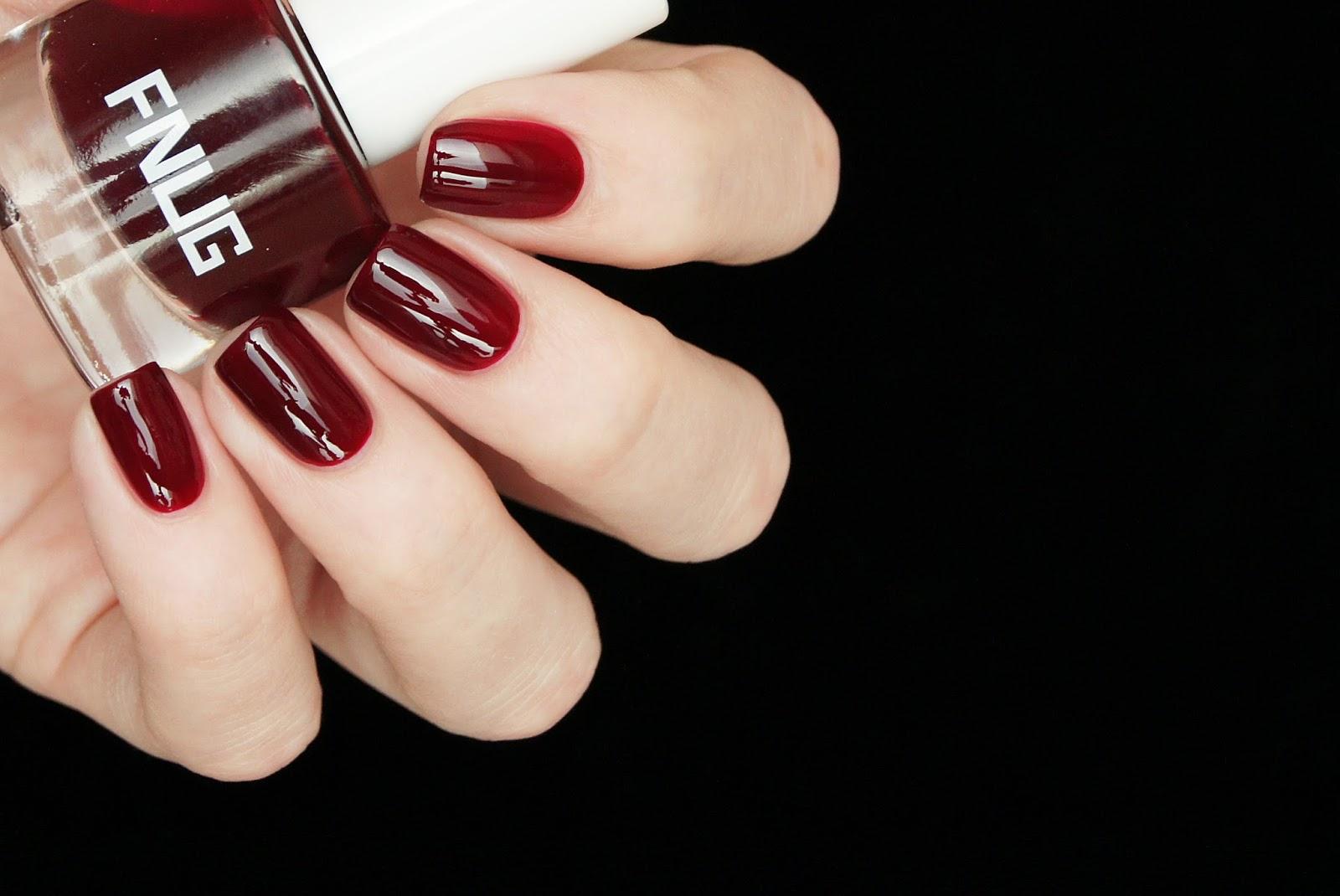 Бордовый - модный цвет лака для ногтей - Women s Health 33
