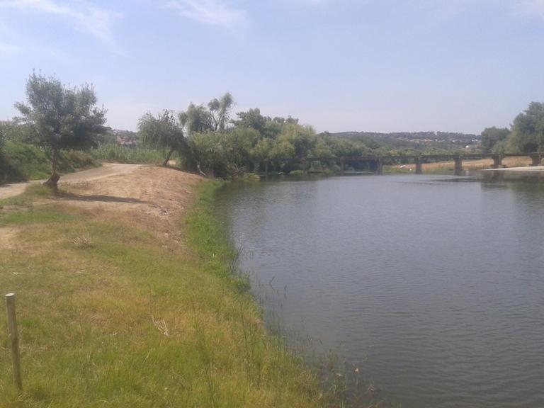 Zona Ribeirinha da Praia Fluvial da Ponte do Paço