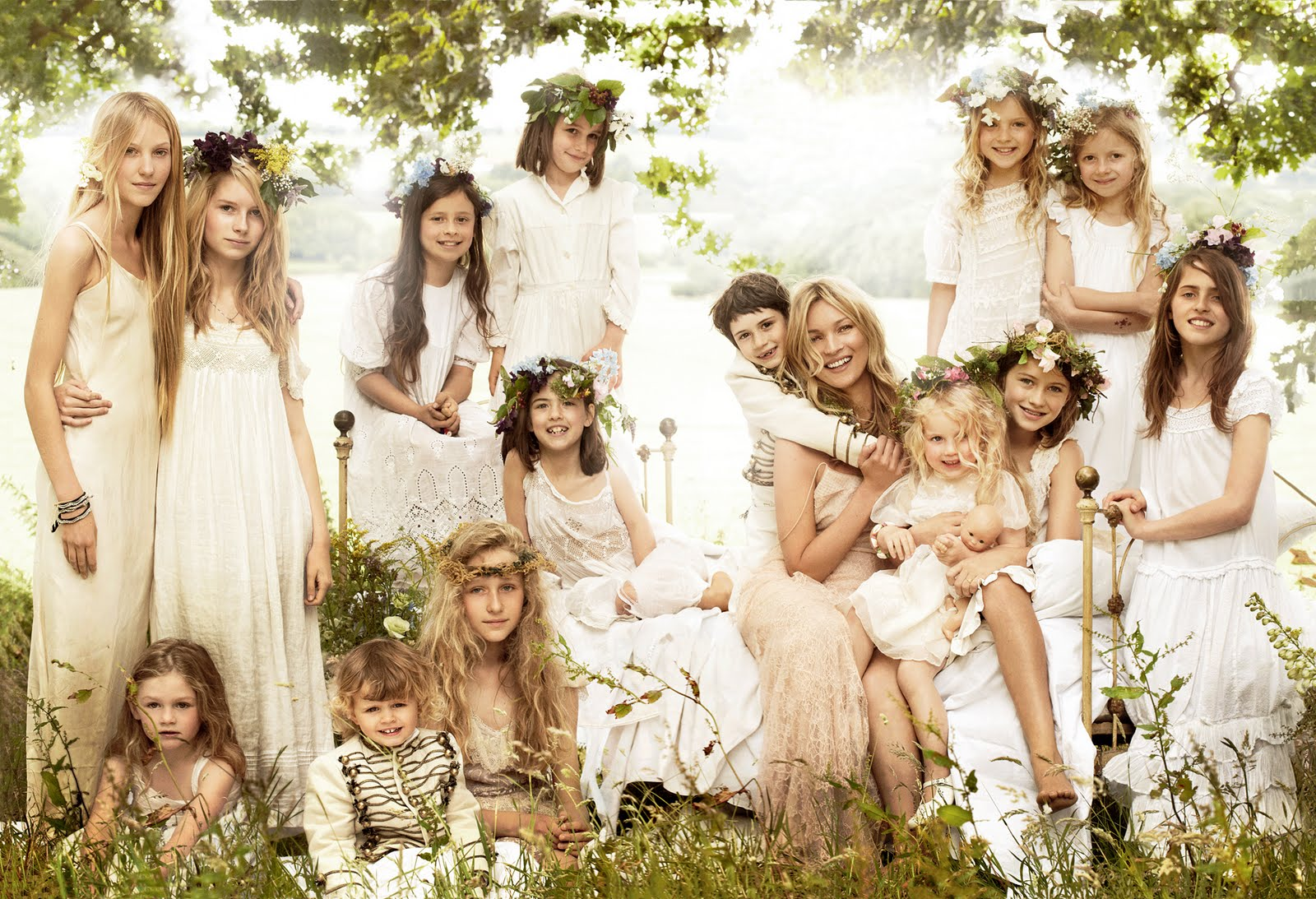 Displaying 17gt Images For Kate Moss Wedding Dress Designer
