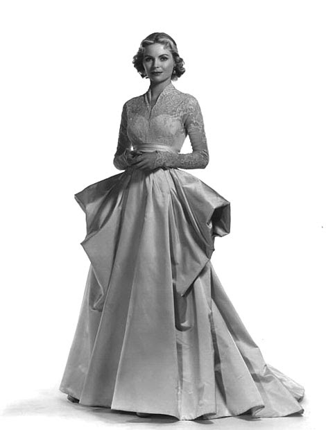 Grace kelly wedding dress helen rose 39 s similar idea for Grace kelly wedding dress design