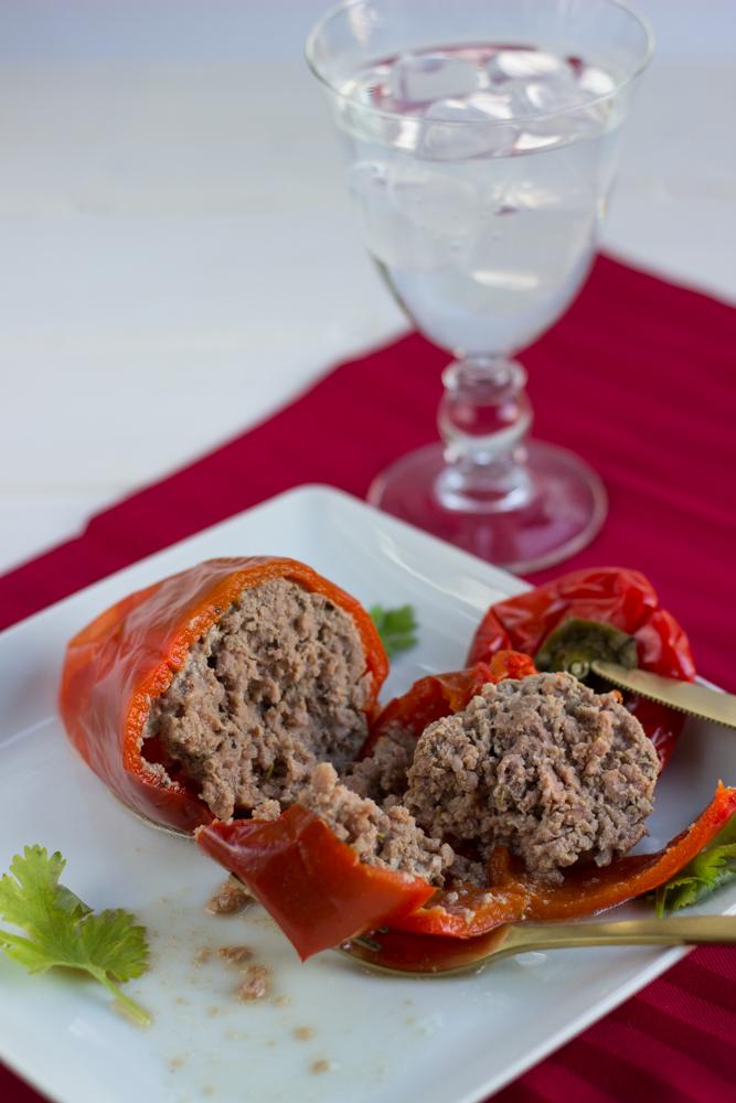 Pimientos rellenos de carne en microondas