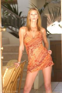 可爱的女孩 - sexygirl-brooke1_4-773462.jpg