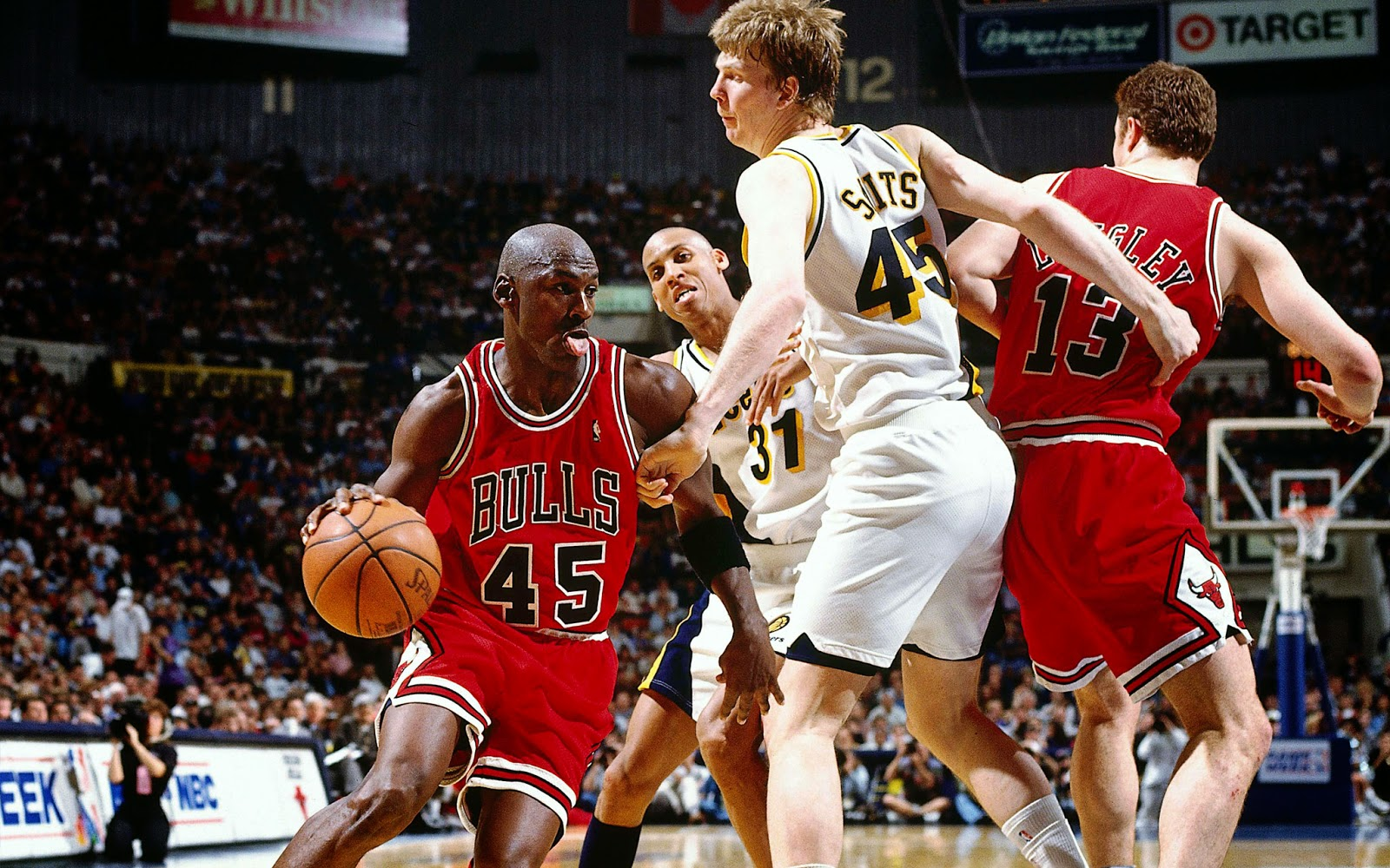 Scratch Hit Sports Michael Jordan Returns