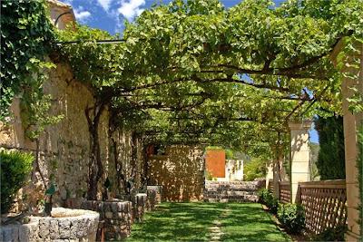 Estilo rustico los mejores patios rusticos for Los mejores jardines de casas
