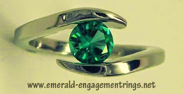 The metal keeps the precious stone utilizing tension