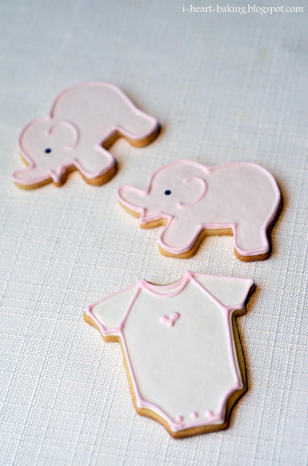 I Heart Baking Pink And White Baby Shower Cookies And Macarons