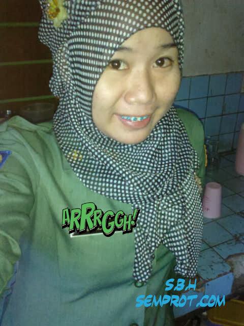 Gambar Bogel Pake Baju Kerja   Melayu Boleh.Com