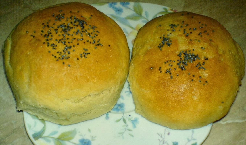 chifle cu mac, paine cu mac, chifle, painici, paine, chifle de casa, paine de casa, retete culinare, preparate culinare, retete chifle, reteta chifle,