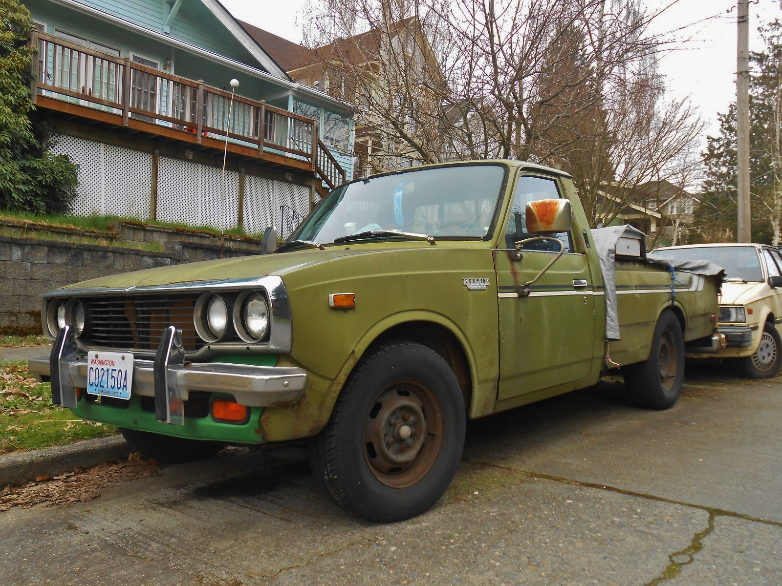 Seattle 39 s parked cars 1975 toyota sr5 truck