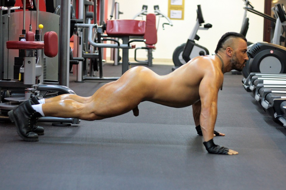 ... to Naked: Pavel Petel - Naked Personal Trainer I - Naked Workout