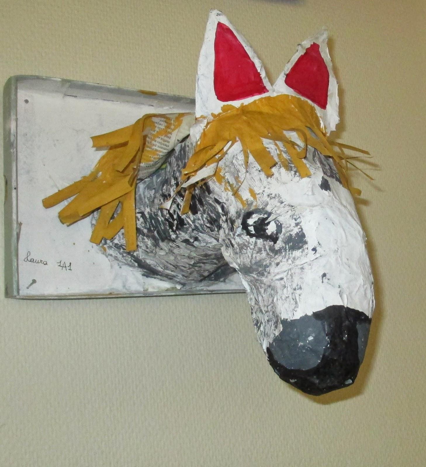 Dierenkoppen uit papier-maché met 1aso