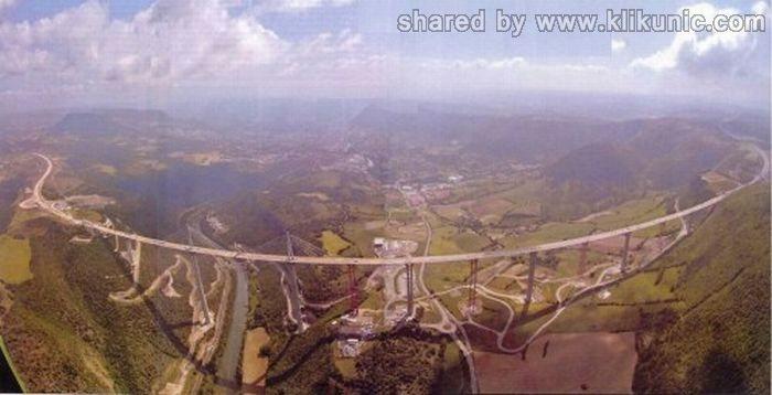 http://1.bp.blogspot.com/-f9dC25lS2BA/TXWng_H6FKI/AAAAAAAAQTk/_nxxSP5SehM/s1600/bridges_32.jpg