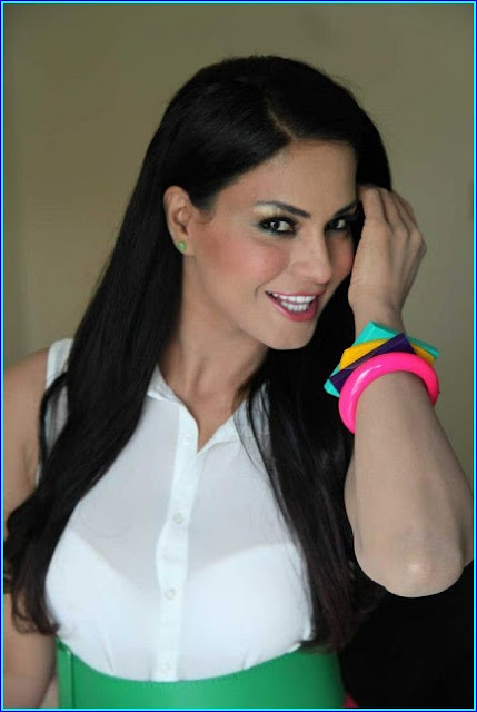 Veena Malik Latest Pictures at Press Conference