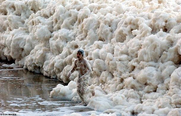 Crazy Ocean Foam in Sydney Australia
