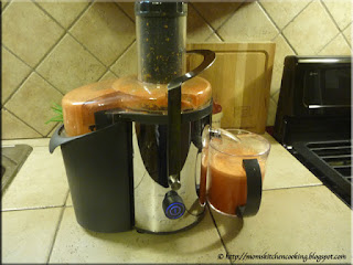 extracting carrot juice