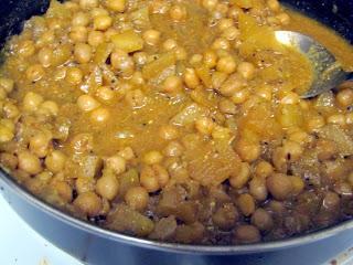 Chickpea Apple curry chutney