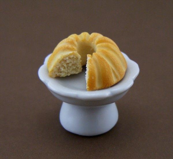 Shay Aaron,sweet bread,miniature food sculptures