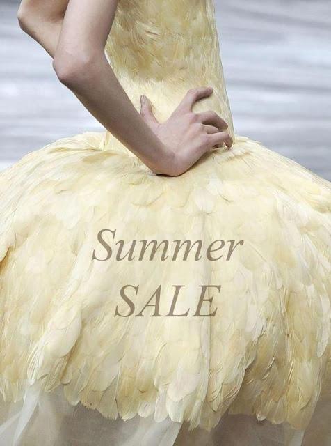 Vía Pinterest por Lovelyish en http://fashion.lovelyish.com/2013/06/23/summer-sales-to-shop-right-now/ by Kaleigh
