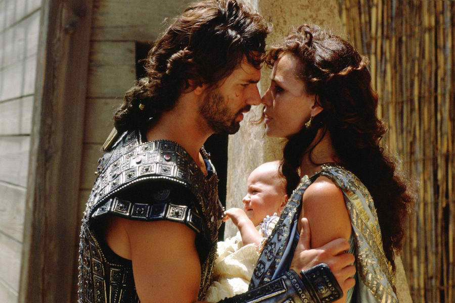 troy movie and illiad compare and What's the difference between the iliad the book and troy the movie in the movie briseis comes from lyrnessus, and is captured by the aecheans before the siege.